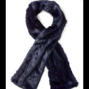 Banana Republic faux fur scarf